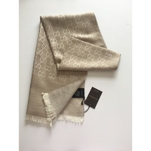 (NEW) GUCCI scarf! AUTHENTIC 💯